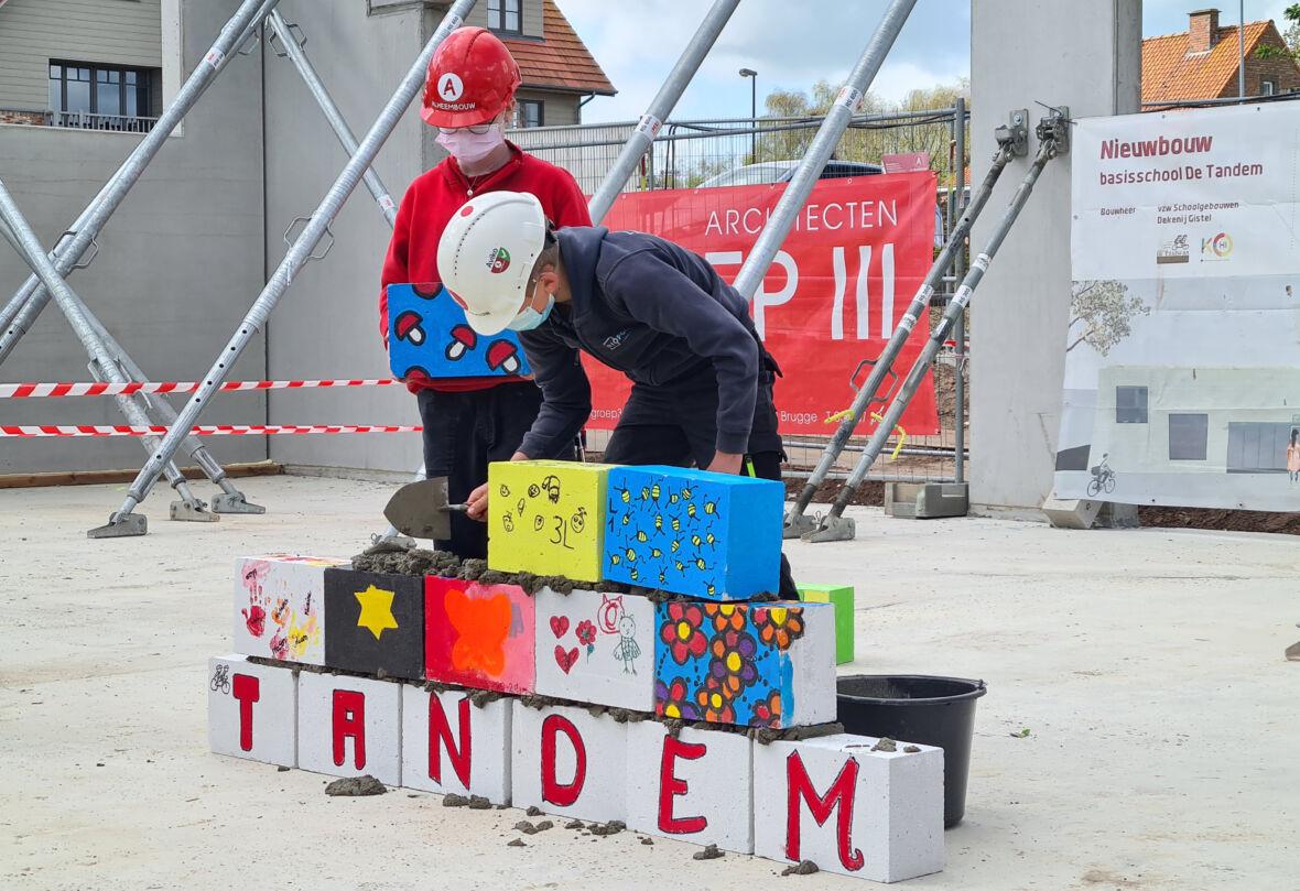 eerstesteenlegging De Tandem_20210512 104719